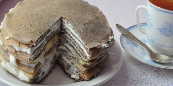 Блинный шоколадный торт со сливочным кремом