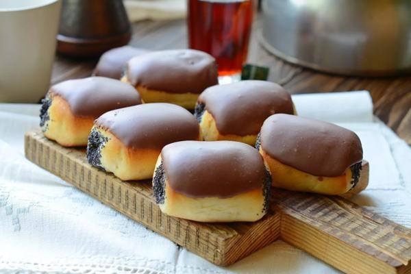 Рецепт булочек с маком и с глазурью