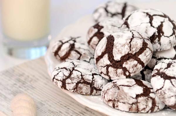Шоколадное печенье с трещинками: рецепт