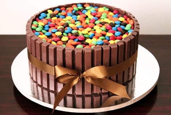 Бисквитный торт с «Кит-кат»