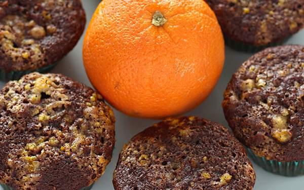 Постные шоколадные маффины с апельсином