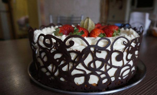 Узоры из шоколада для торта