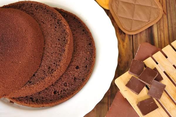 Шоколадный бисквит с растительным маслом