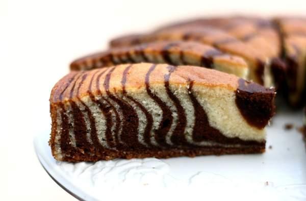 Самый простой рецепт пирога «Зебра»