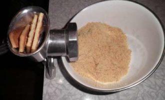 сухари на мясорубке