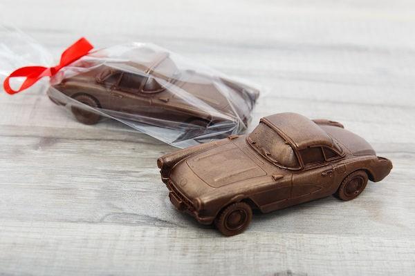 автомобиль из шоколада