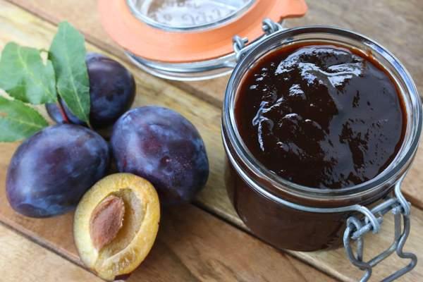 Шоколадно-сливовый джем в мультиварке