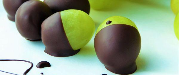 Шоколадные виноградинки