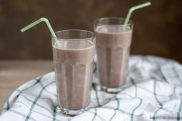Шоколадное молоко с какао